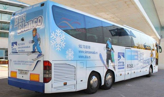 bus_blanco_sierra_nevada_madrid_566x336