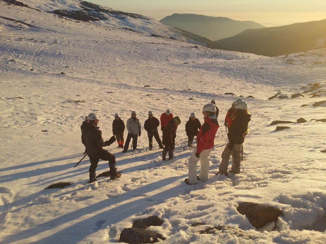 iniciación al alpinismo subida al mullhacen